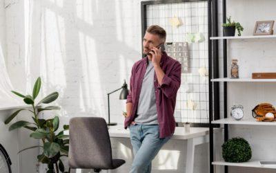 Telefonansage für Firma: Darauf solltest du achten (Sprecher, Musik, Länge)